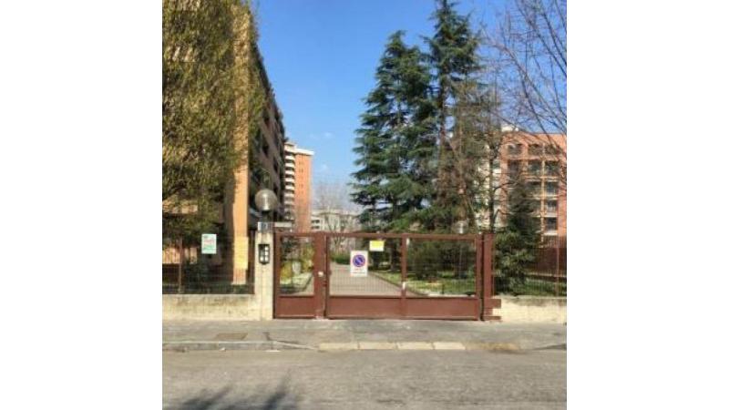 Ufficio In Vendita MILANO. Via Lussu
